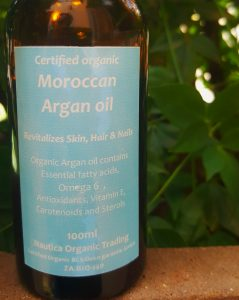 My favourite natural hair care products - Nautica organic argan oil