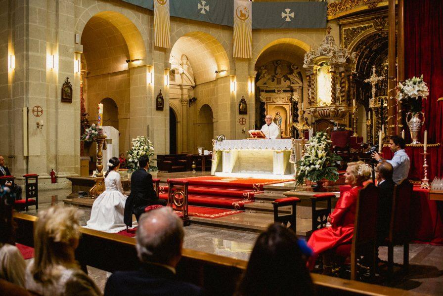 boda íntima en Catedral de Alicante