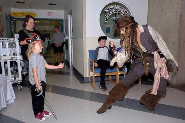 Johnny Depp as Jack Sparrow Visits Hospital