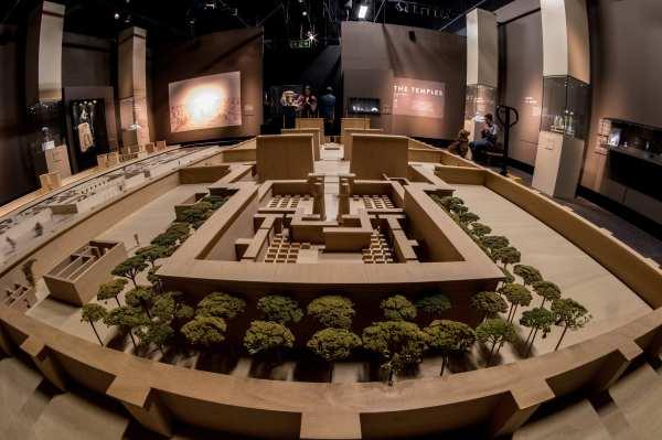 Peek Royal Bc Museum' Egypt Exhibit
