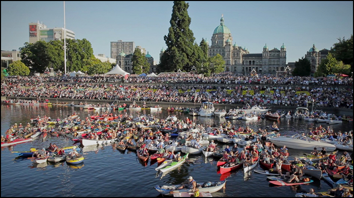 Each year the Victoria Symphony Orchestra boards on a barge anchored in the Inner Harbour to the delight of thousands of Victorians and visitors