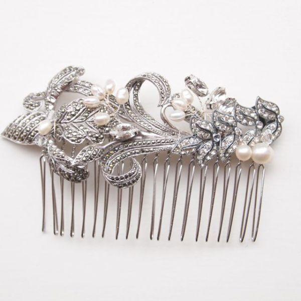 Vintage Rhinestone and Pearl Bridal Comb No. 128