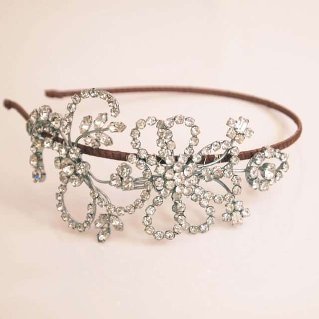 SOLD - Vintage Rhinestone Side Tiara No.13101
