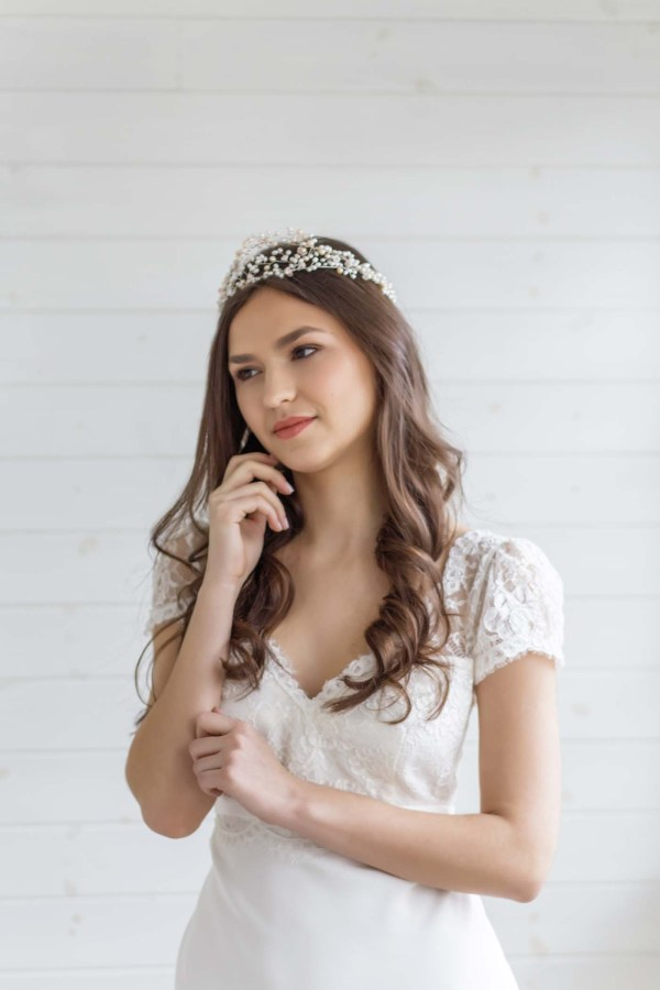 Sweet Pea Traditional Pearl Wedding Tiara
