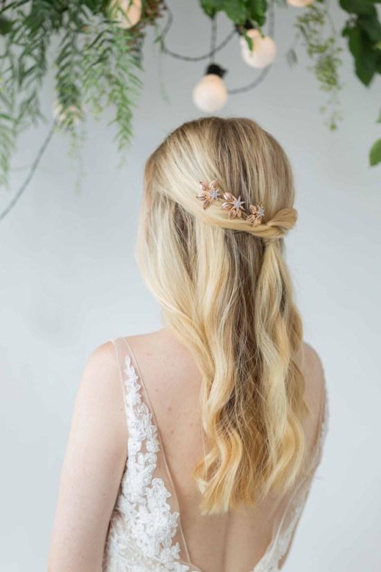 Celestia-Gold-Star-Bridal-Wedding-Hair-Pins