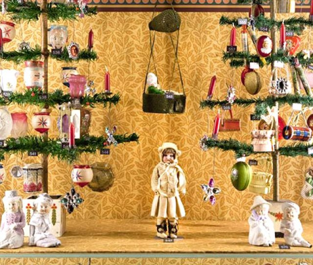 Victorian Christmas Ornaments Hundreds Of Beautiful Christmas Ornaments Convey An Impression Of The Splendour Of
