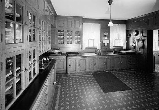 Butlers Pantry Ideas and Pictures