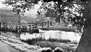 Sturminster Newton, the Old Mill 1952
