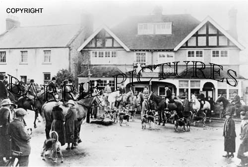 Maiden Newton, The Cattistock Hunt, White Horse Hotel c1930
