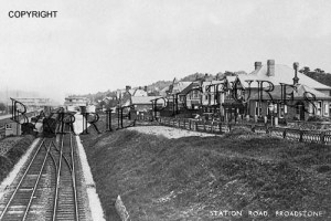 Broadstone, Station Road c1940
