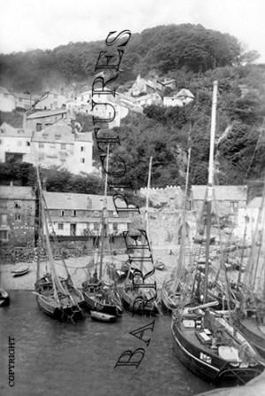 Clovelly, Trawlers c1910