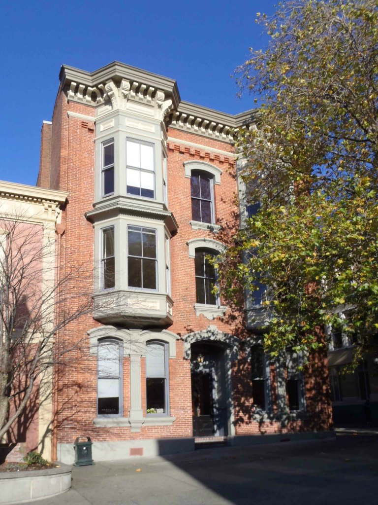 18-26 Bastion Square. Built in 1888 by architect John Teague for hotelier Thomas Burnes.