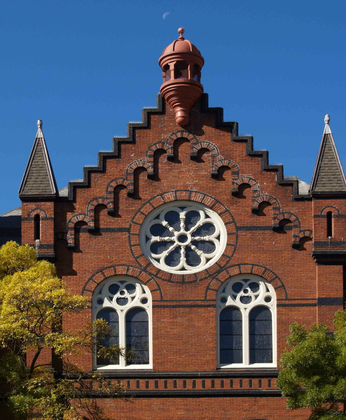 Architectural detail on St. Andrew's Presbyterian Church, 900 Douglas Street, Built in 1890.