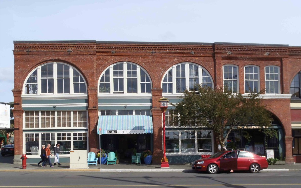 1617-623 Store Street, built in 1898 by architect Thomas Hooper