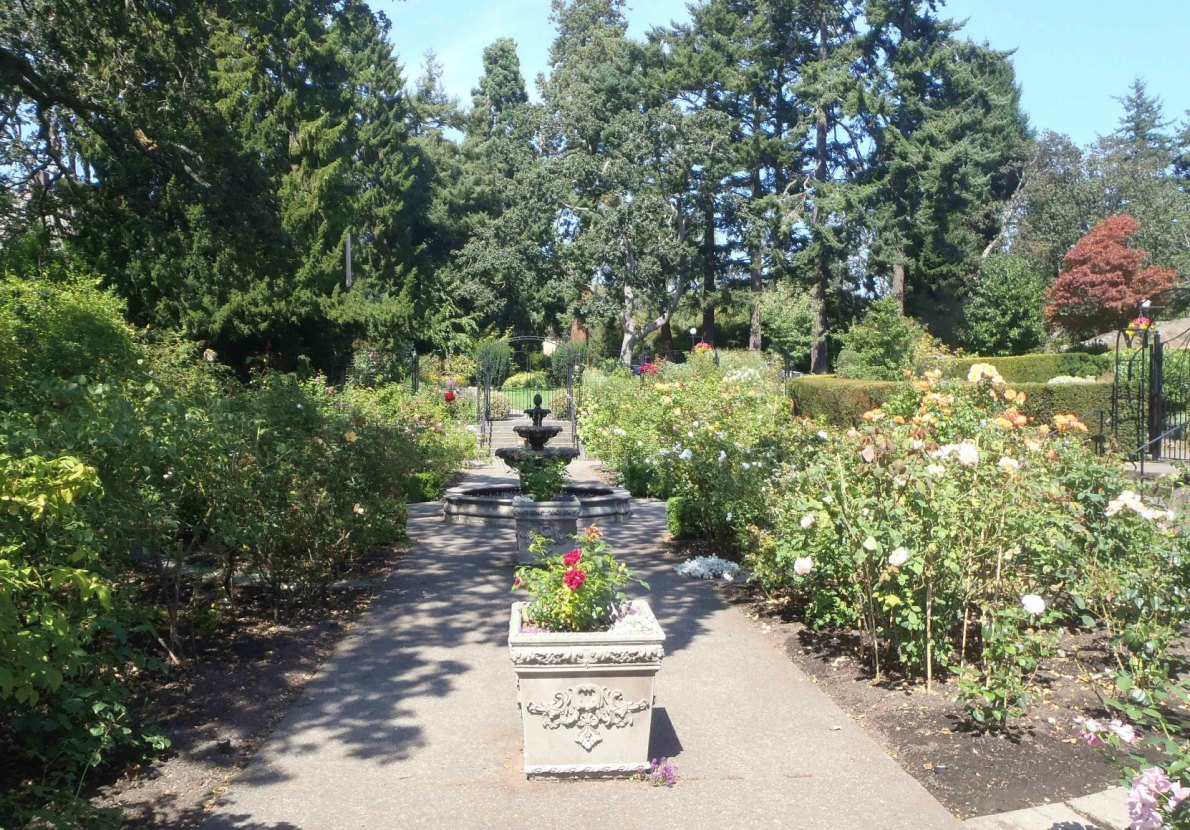 Italian Garden, Government House, 1401 Rockland Avenue (photo by Victoria Online Sightseeing Tours)