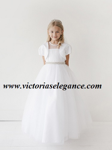 Ideal for first communion. Buy it today at www.victoriaselegance.com