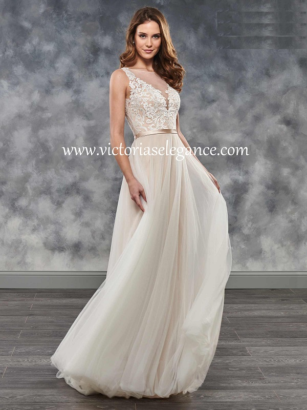 Style MB2032 available @ www.victoriaselegance.com