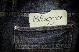 What is blogging? Who is a blogger?