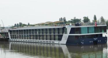 AmaCello docked at Rudesheim