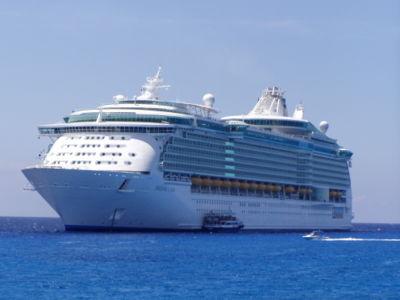 Royal finaliza construção de navio da classe Freedom