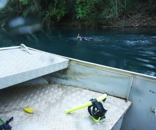 Barco de apoio - Rio da Prata