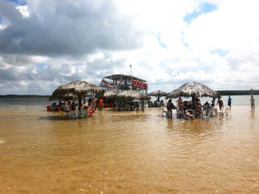 Catamarã na Croa do Goré - Aracaju - SE