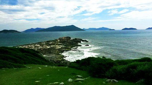 Vista da trilha Praia do Maço - Guarda do Embaú - SC
