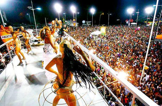 Trio elétrico Carnaval de Salvador