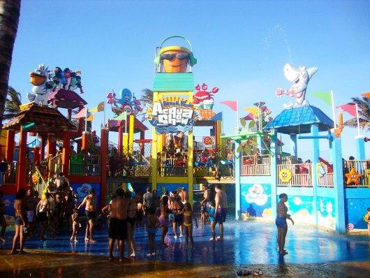 Acqua Show Beach Park