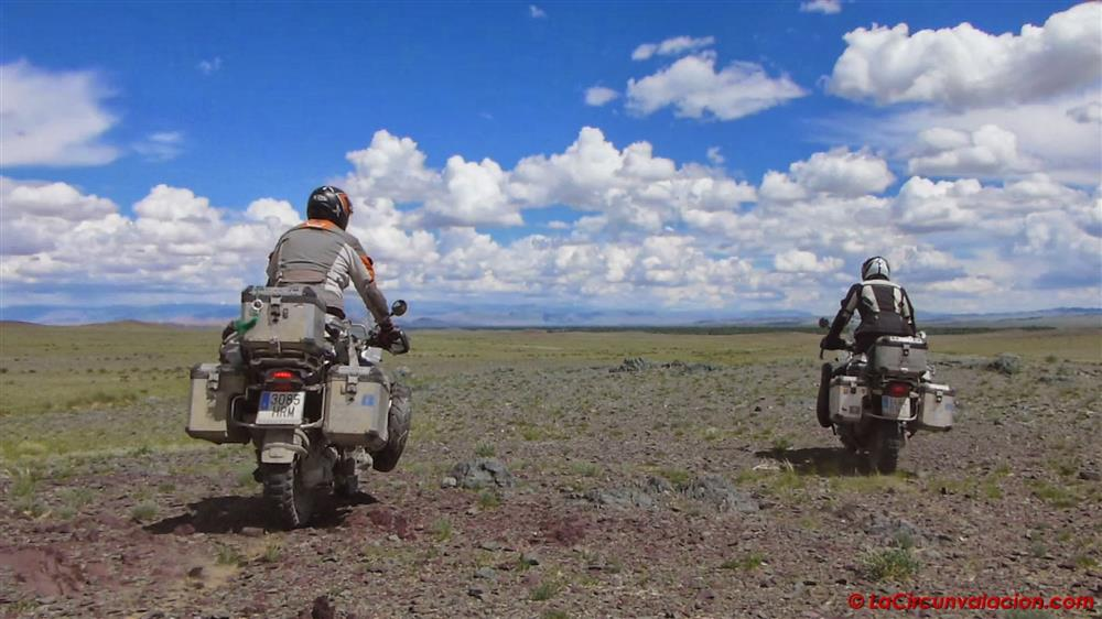 Viajeros por el mundo en moto