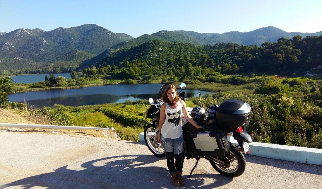 Croacia hacia Split en moto