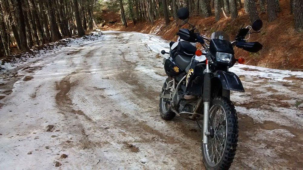 KLR, trail en la nive