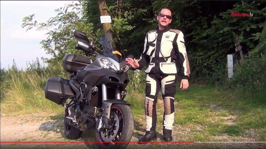 """Traje de """"aventura"""" para moto"""