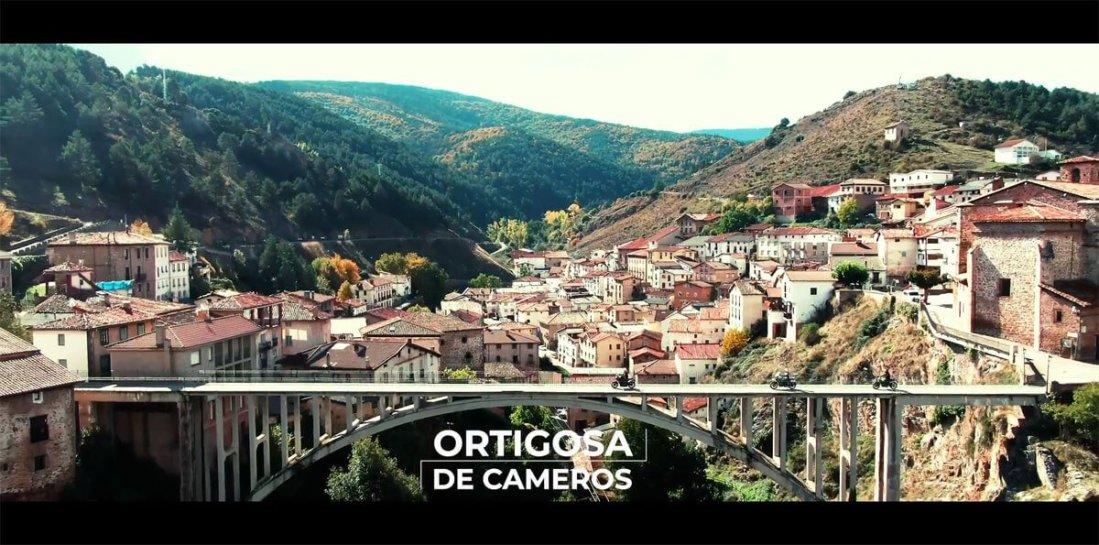Imagen aérea del puente de ortigosa de cameros, la rioja