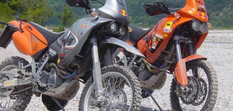 2 motos KTM 640 Adventure