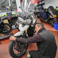 Compresores portátiles: Hinchar tus ruedas por el camino
