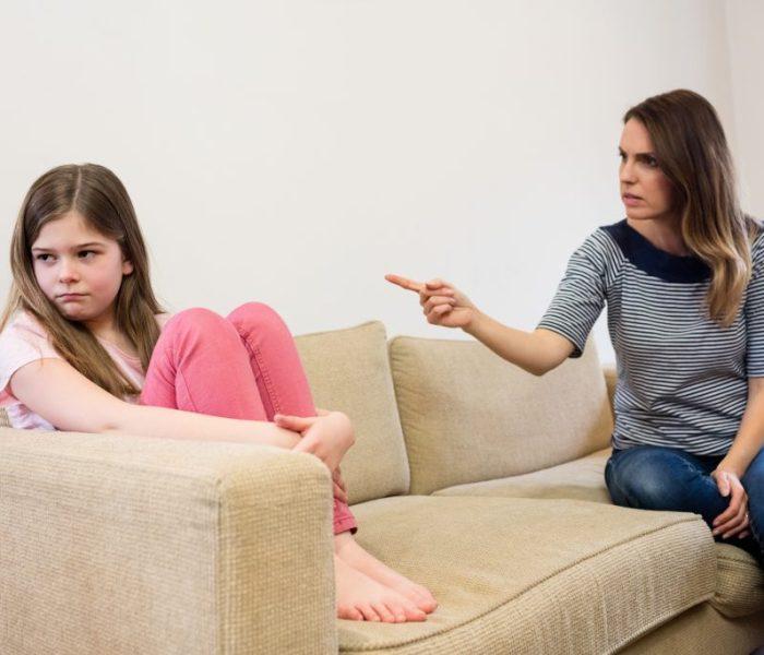 8 señales que tu hijo está malcriado