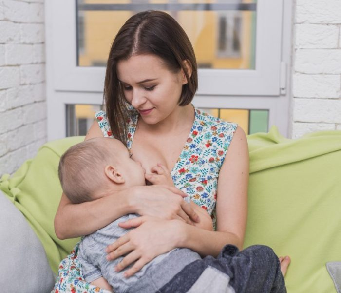 ¿Los primeros días del bebé, caos o felicidad?