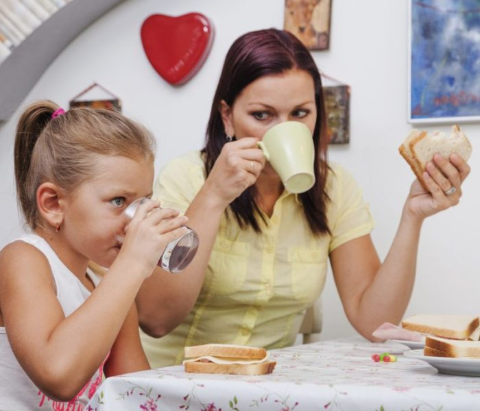 ¿Quieres cambiar la locura del estrés matutino con los hijos?