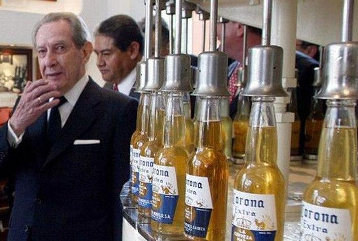 Испанский миллиардер Фернандес сделал миллионерами всех жителей своего родного села