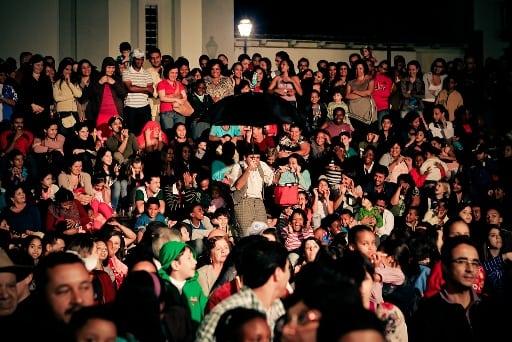 Público - Foto Naty Tôrres