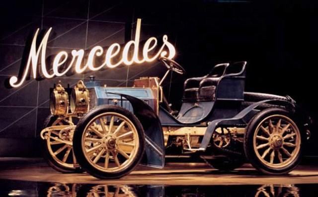 Mercedes-Benz celebra os 120 anos da menina que deu origem ao nome da marca