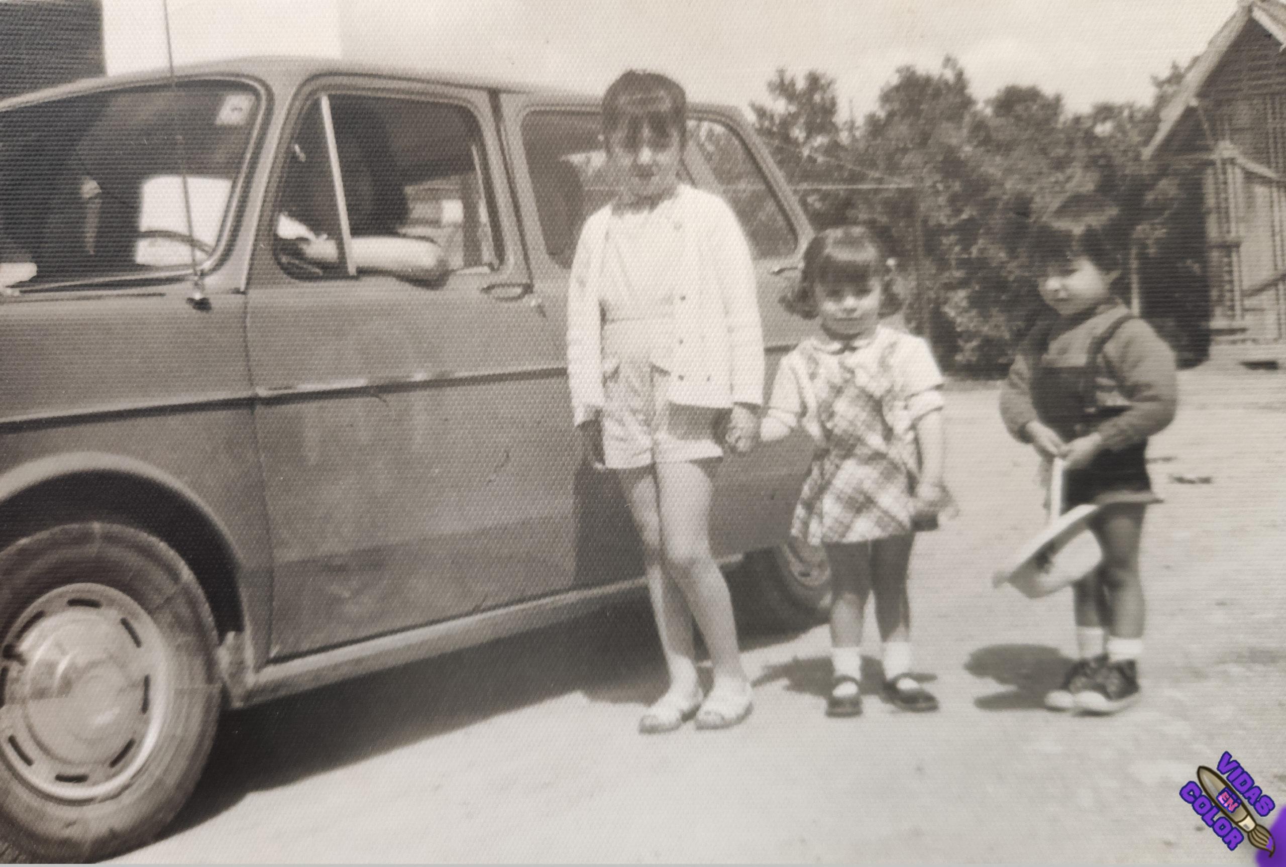 coche_chicos_byn
