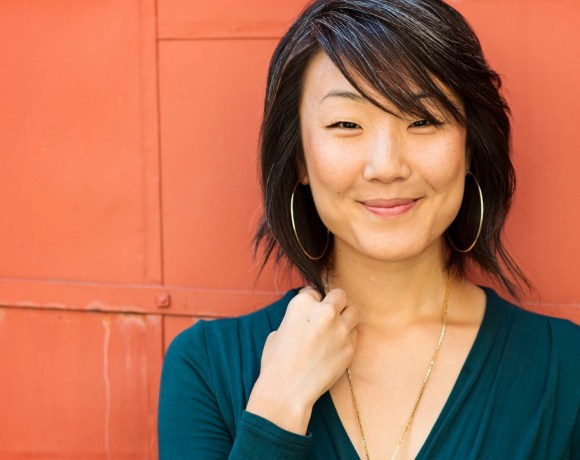 VIDA Reads with Writers – Brynn Saito!