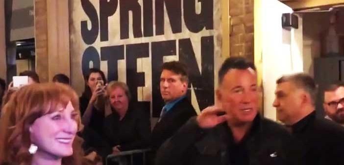 Patti Smith, Springsteen e Michael Stipe in concerto a New York