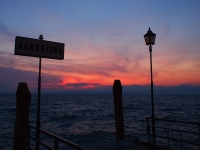 Videonaus Gardasse Bardolino Weinfest sunset