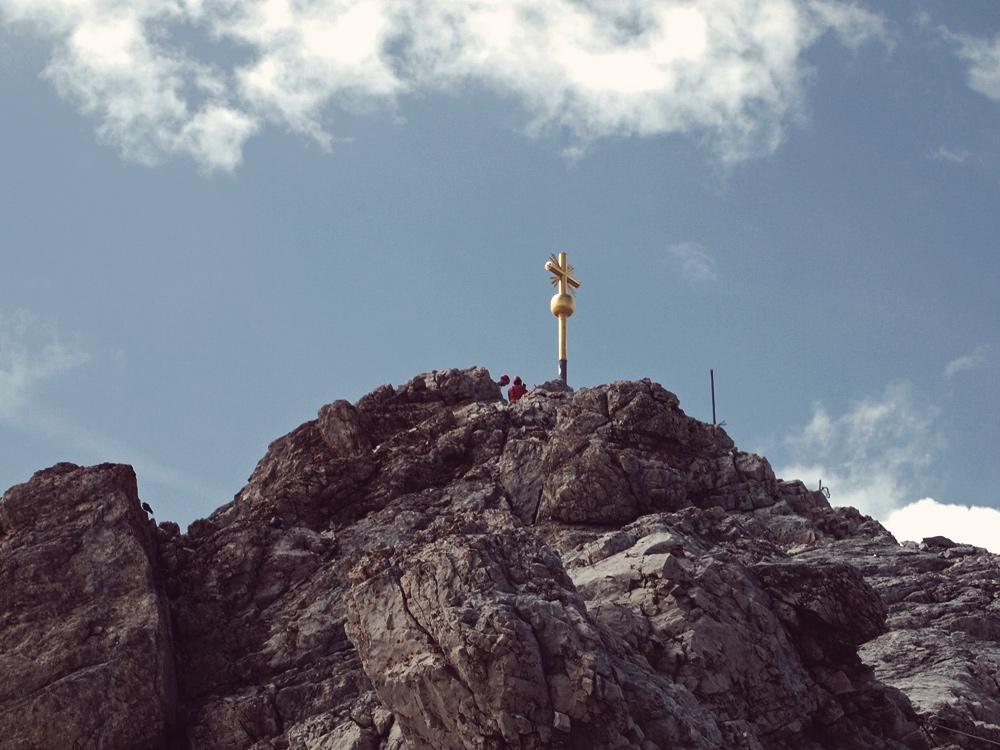 Videonauts Zugspitze Gipfelkreuz