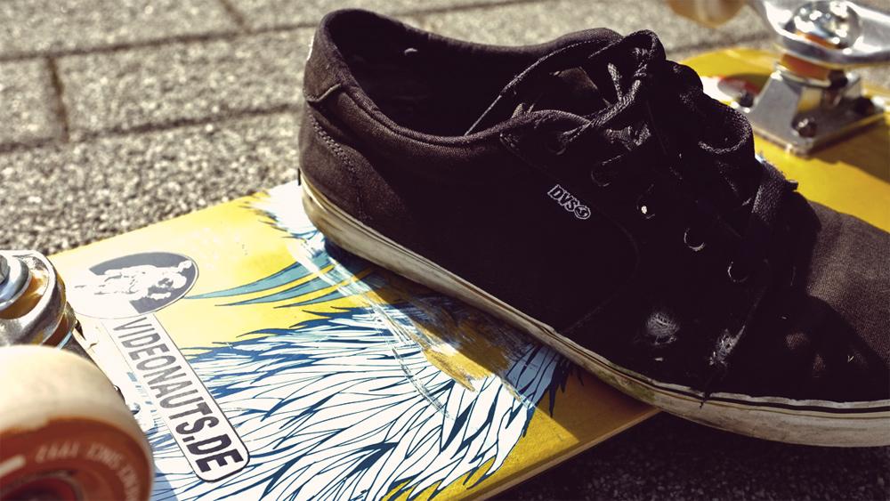 Vidoenauts neues Skateboard & dvs Schuhe