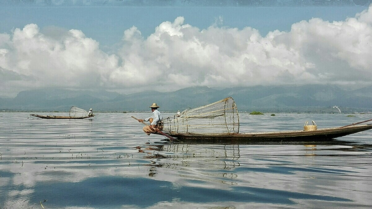Videonauts backpacking Burma Inle Lake II