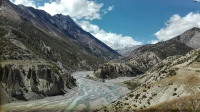 Videonauts backpacking Nepal Annapurna Circuit Manang